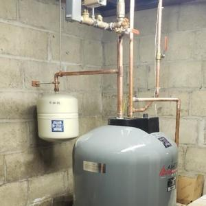 Amtrol Boiler Mate expansion tank with recirculation system