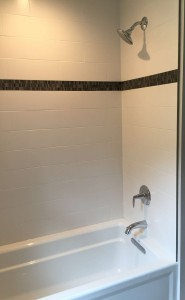 Single handle tub and shower faucet with diverter spout